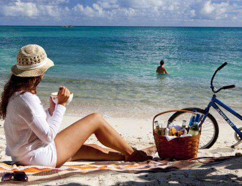 Καλοκαιρινές εξορμήσεις στην παραλία με τα παιδιά! Δείτε πως να οργανώσετε το καλάθι της παραλίας
